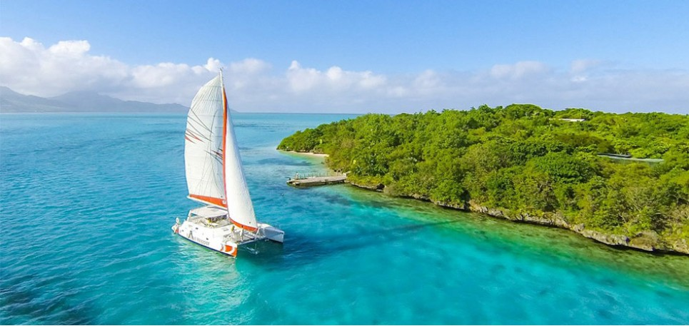 Catamaran Cruise To Ile Aux Cerfs (from Mauritius South East)