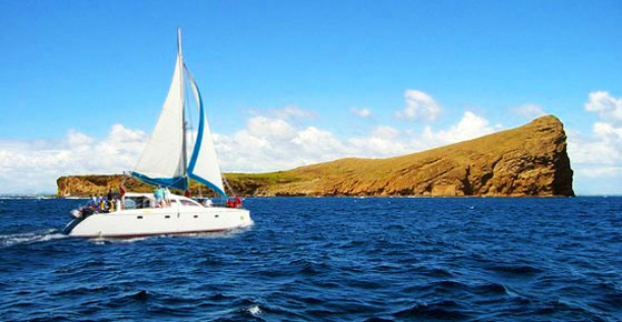 Exclusive Catamaran Cruise - Gabriel Island & Breakfast, Lunch