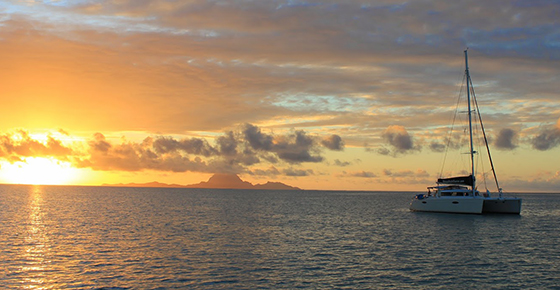 Exclusive – Overnight Catamaran Sunset-Dinner Cruise